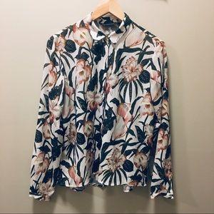 Zara floral blouse, Size M.